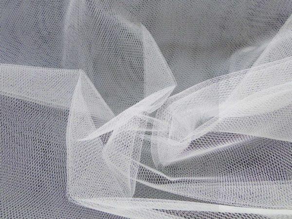 Bruidstule stof wit