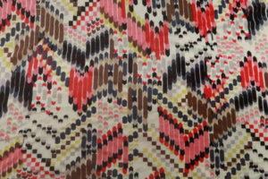 Viscose tricot stof ecru bruin rood roze indianen look Z627