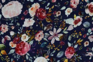 Hydrofiel mousseline stof, dubbeldoek met bloemprint van pioenrozen, blauw/roze/paars. W138